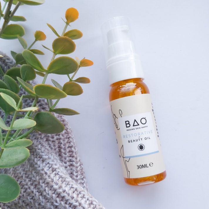 The Natural Beauty Box Replenish Box  - BAO Skincare Replenishing Oil - with autumn leaves and knitted throw - September Beauty Box - Review by Beauty Folio